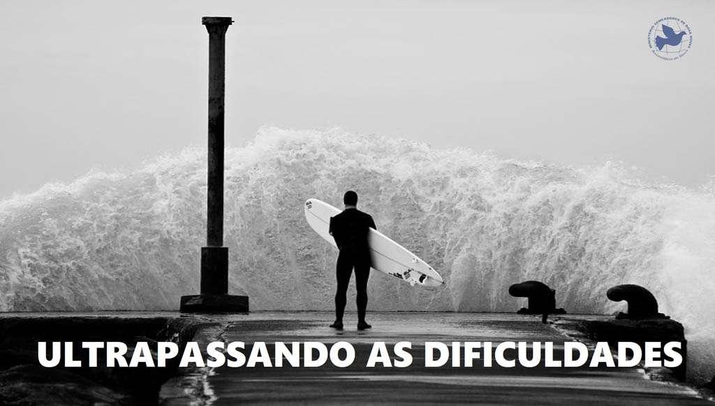 ULTRAPASSANDO AS DIFICULDADES - António Soares
