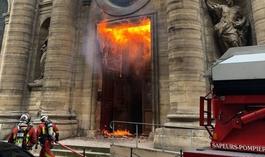 Estudo revela 3 mil ataques a igrejas e símbolos cristãos na Europa em 2019